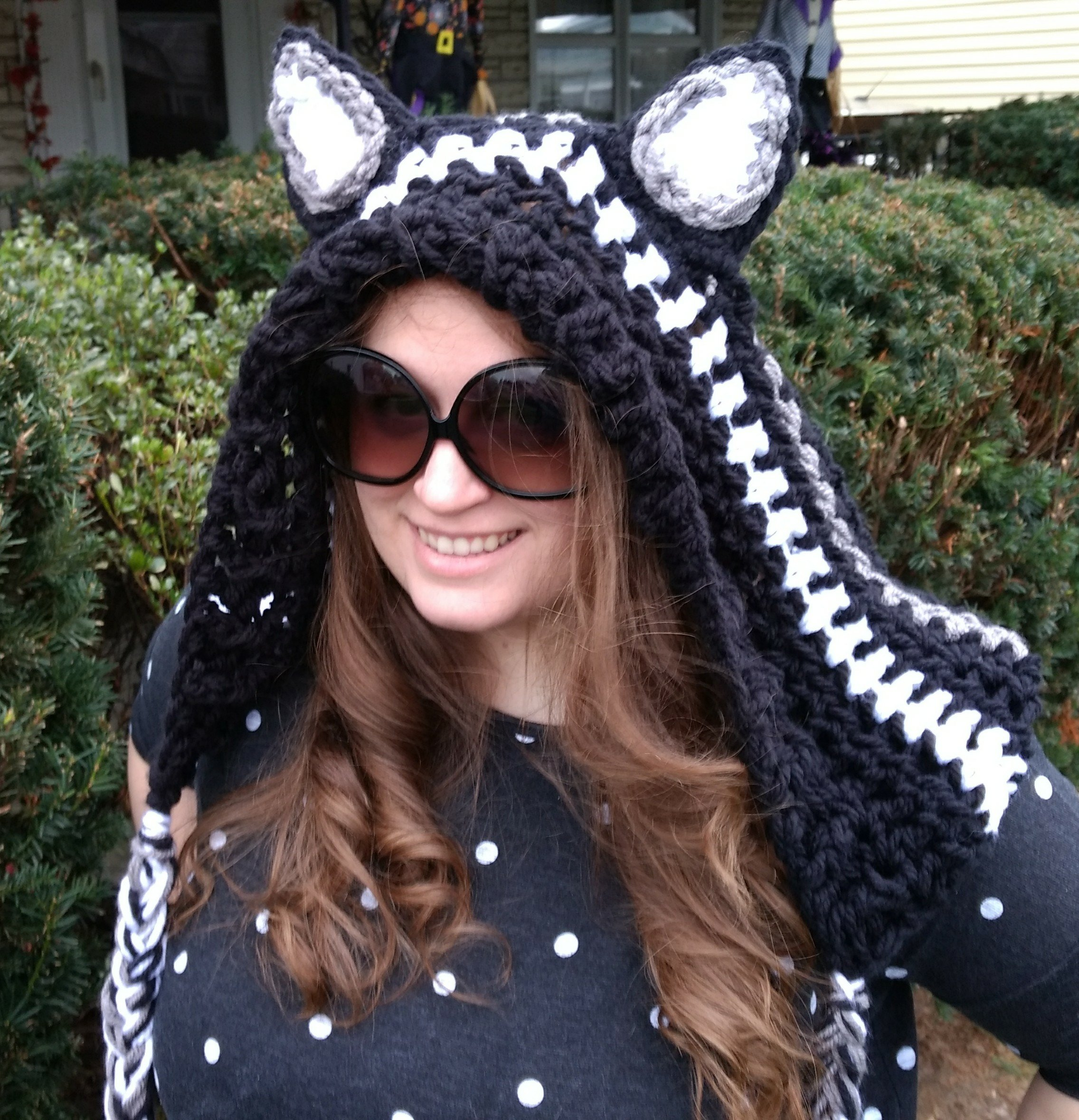 Free Crochet Cheshire Cat Coffee Cup Cozy Pattern | 2358x2272